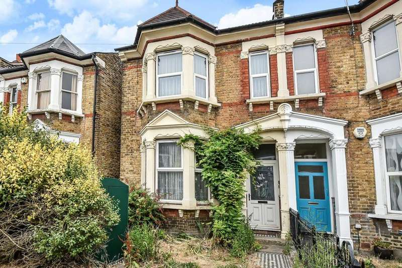3 Bedrooms Semi Detached House for sale in Felday Road, Lewisham