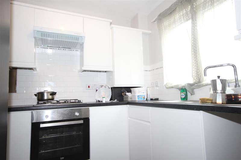 1 Bedroom Flat for sale in Barry Road, London NW10 8ED