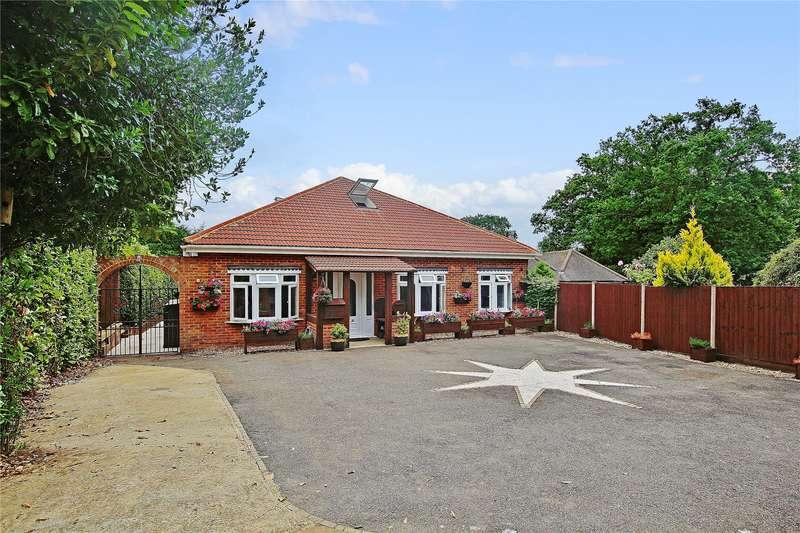 5 Bedrooms Detached Bungalow for sale in Guildford Road, Lightwater, Surrey, GU18