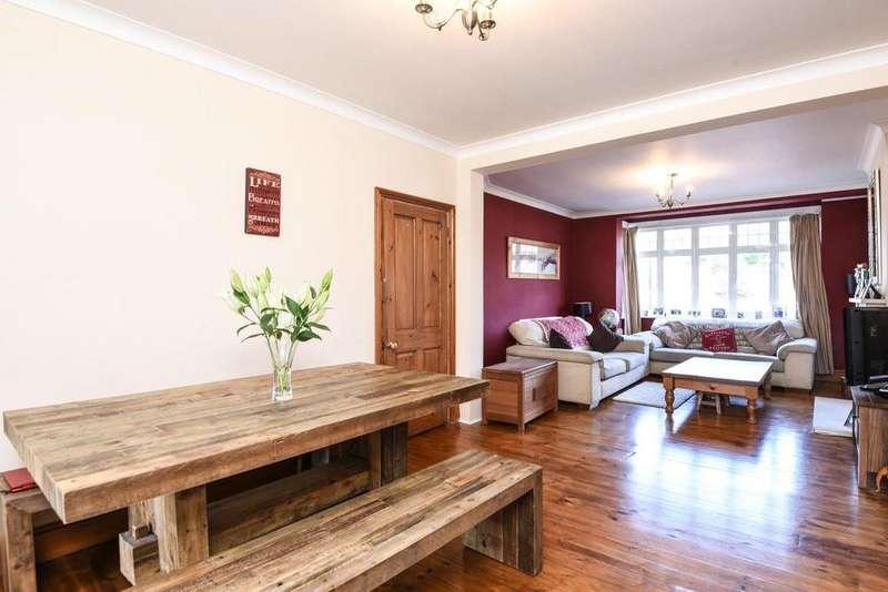 3 Bedrooms Terraced House for sale in Woodyates Road, Lee
