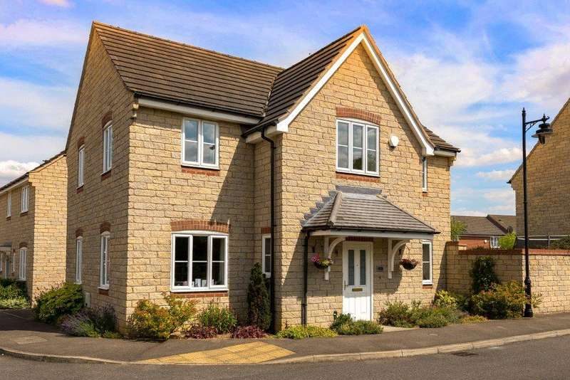 4 Bedrooms Detached House for sale in Coltsfoot Drive, Bourne, PE10