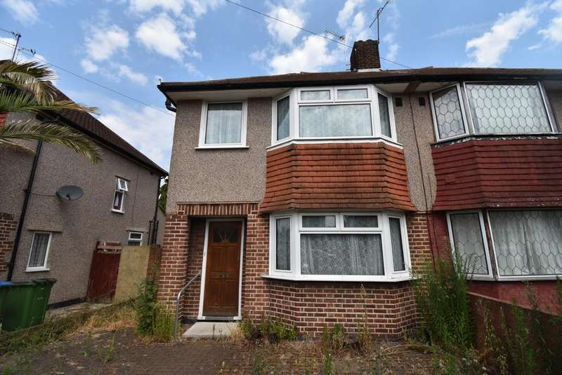 3 Bedrooms Semi Detached House for sale in Birkdale Road London SE2