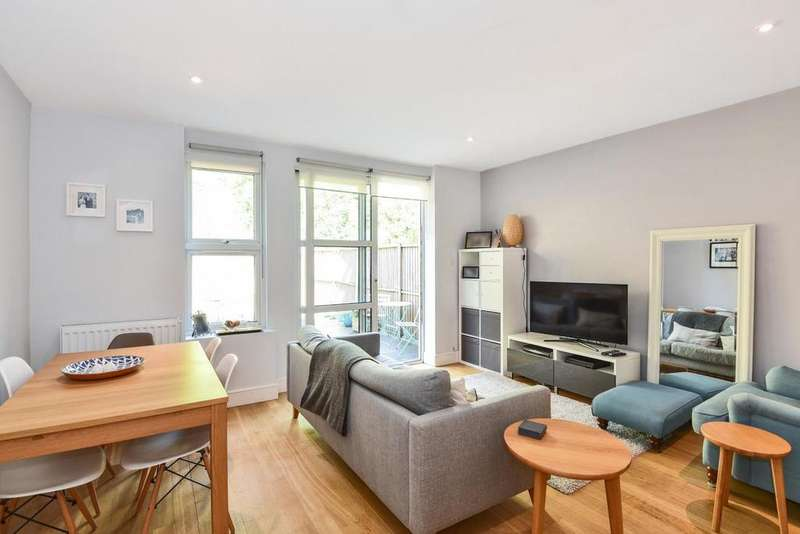 3 Bedrooms Terraced House for sale in Century Yard, Forest Hill