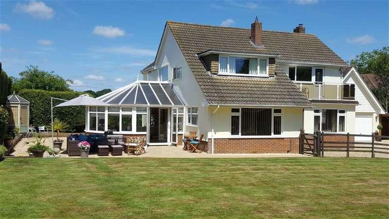 5 Bedrooms Detached House for sale in Holt, Wimborne, Dorset