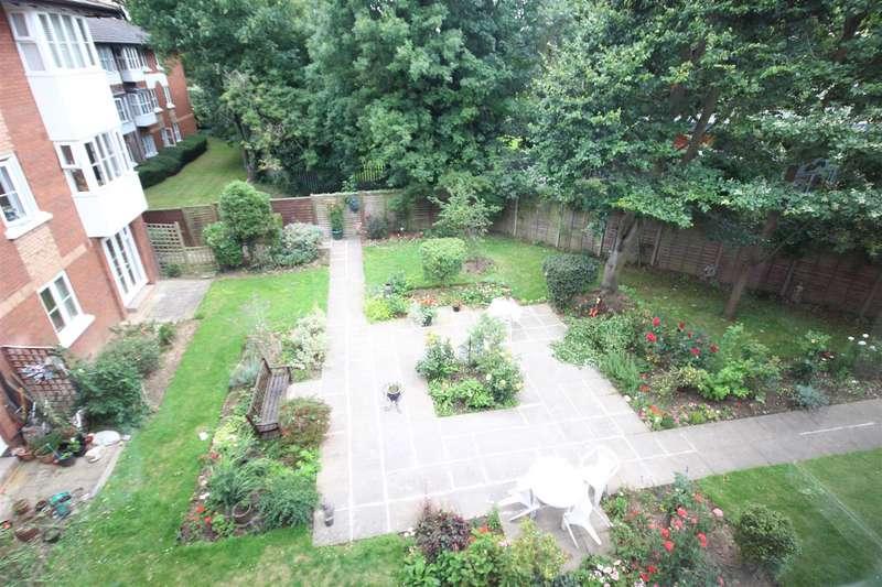 1 Bedroom Flat for sale in Beechwood Grove, London