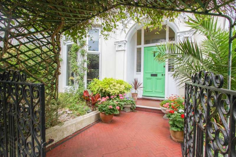 6 Bedrooms Semi Detached House for sale in Evelyn Terrace, Brighton