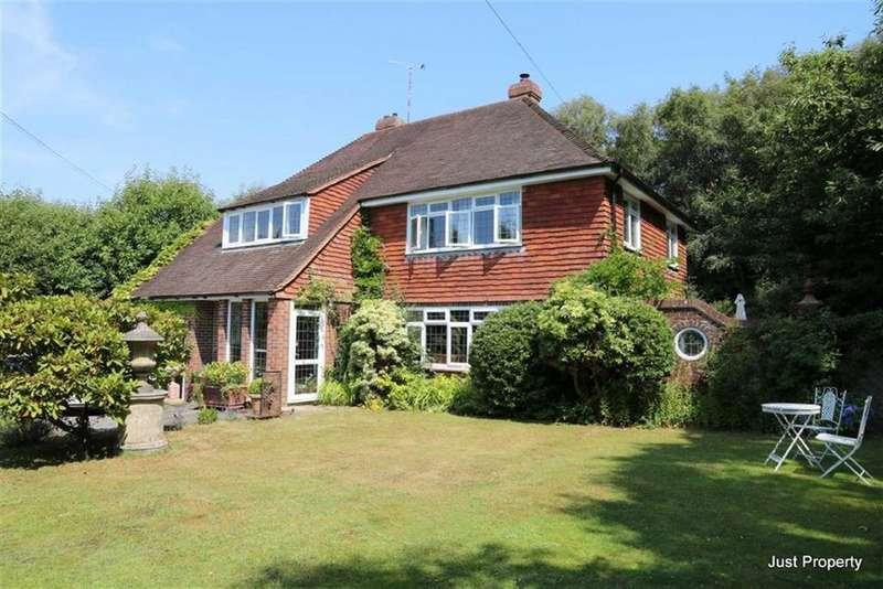 5 Bedrooms Detached House for sale in Watermill Lane, Pett