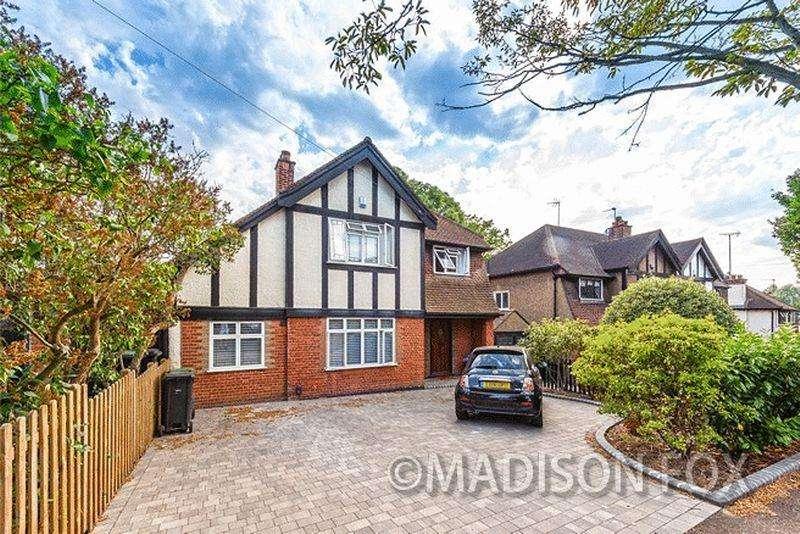 3 Bedrooms Detached House for sale in Fairlands Avenue, Buckhurst Hill, IG9