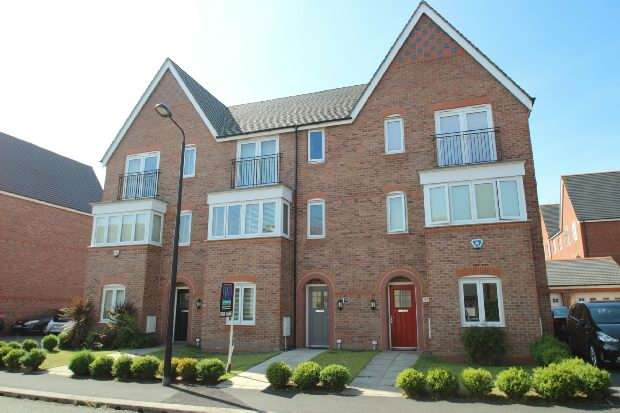 4 Bedrooms Town House for sale in Watermint Way, Altrincham