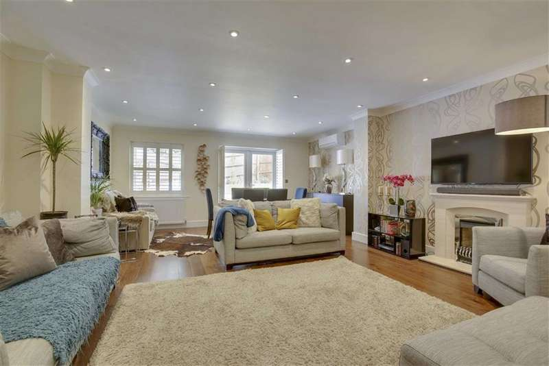 4 Bedrooms Semi Detached House for sale in Katherine Close, Mill Hill, London, NW7