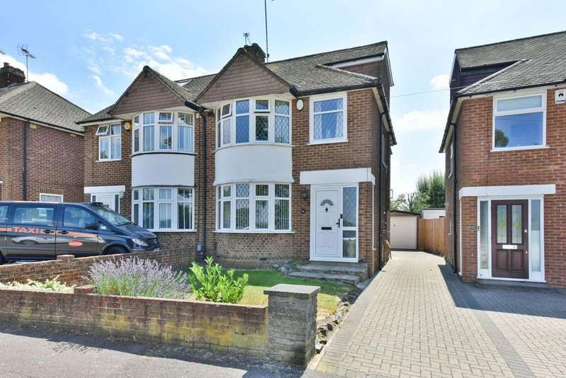 4 Bedrooms Semi Detached House for sale in Mutton Lane, Potters Bar EN6