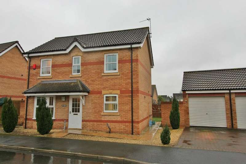 4 Bedrooms Detached House for sale in Heron Drive, Gainsborough