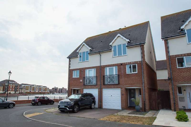 4 Bedrooms Town House for sale in Hobart Quay, Eastbourne