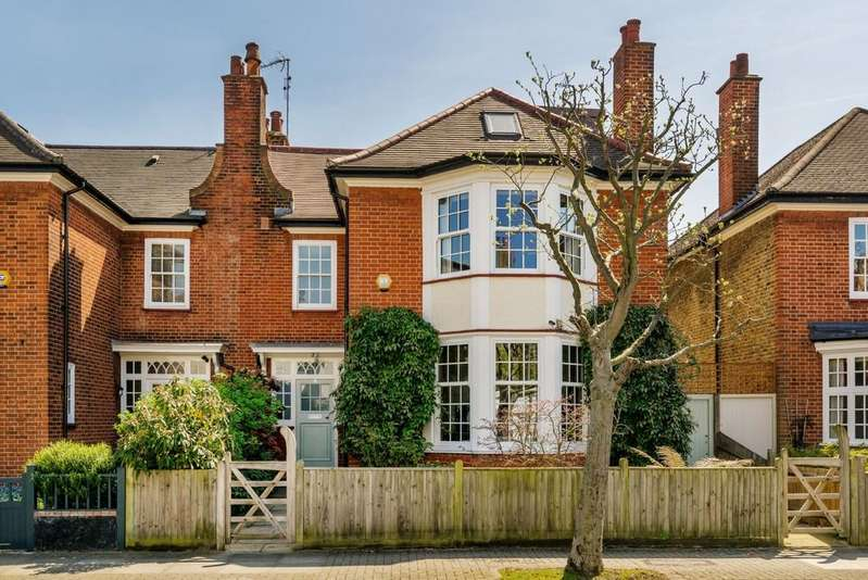 5 Bedrooms Semi Detached House for sale in Frewin Road, London SW18