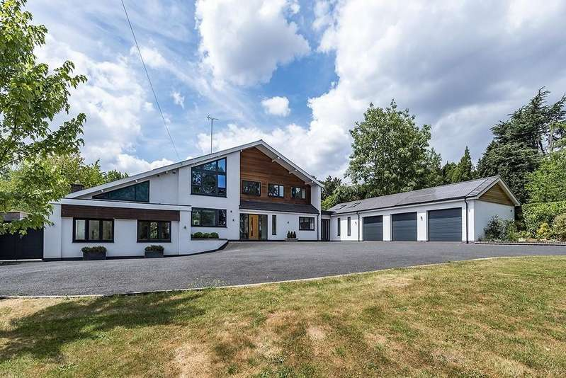 5 Bedrooms Detached House for sale in Old Station Road, Hampton-in-Arden