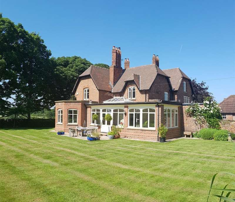 5 Bedrooms Detached House for sale in Lady Lane, Mobberley, Knutsford WA16