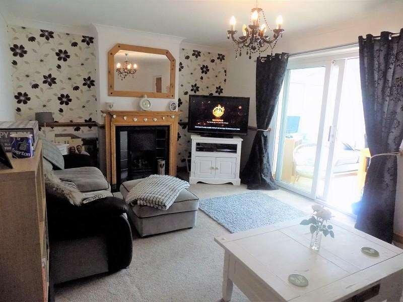 3 Bedrooms Terraced House for sale in Glan-yr-afon , Treorchy, Rhondda, Cynon, Taff. CF42 6DD