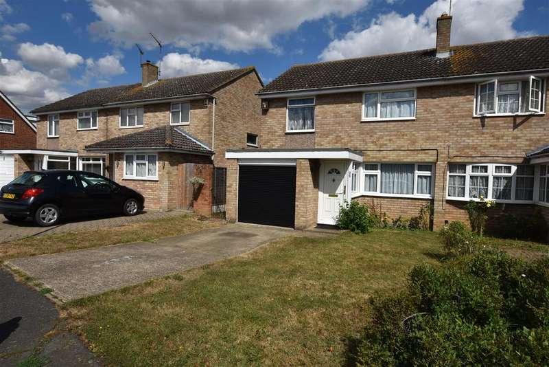 3 Bedrooms Semi Detached House for sale in East Bridge Road, South Woodham Ferrers