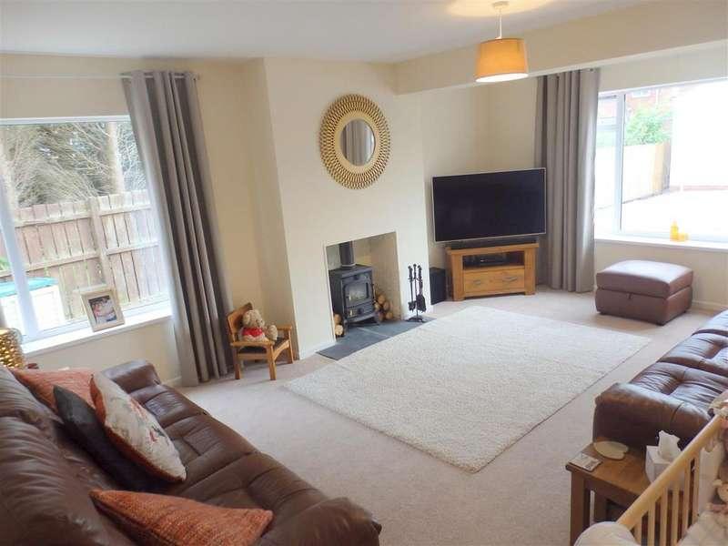 5 Bedrooms Detached Bungalow for sale in Belle Vue Villas, Spennymoor