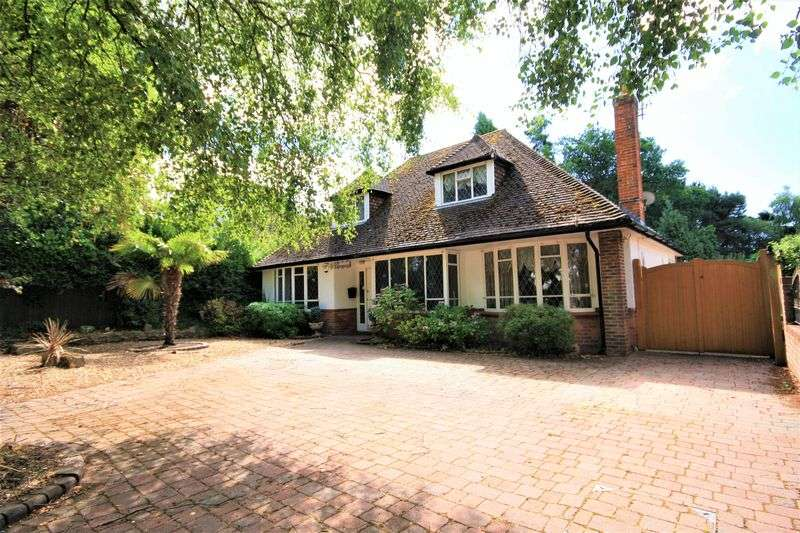 4 Bedrooms Property for sale in St. Catherines Way, Christchurch