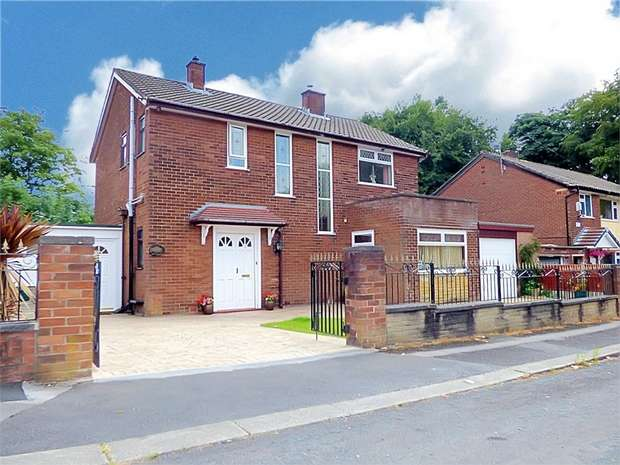 3 Bedrooms Detached House for sale in Brakesmere Grove, Worsley, Manchester