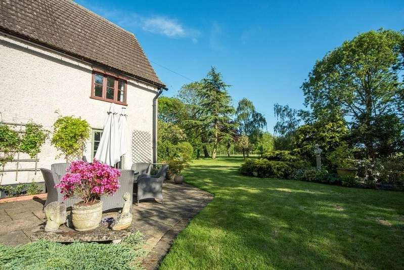 4 Bedrooms Detached House for sale in Stonham Aspal