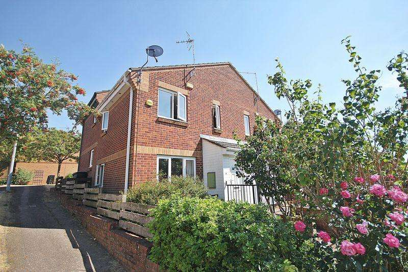 1 Bedroom Mews House for sale in Hubbard Close, Flitwick
