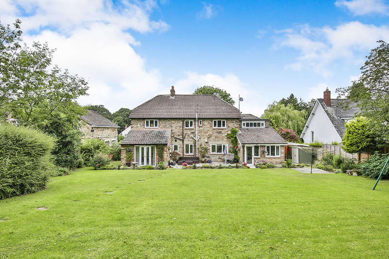 4 Bedrooms Detached House for sale in Tollgate Road, Hamsterley Mill, Rowlands Gill, NE39