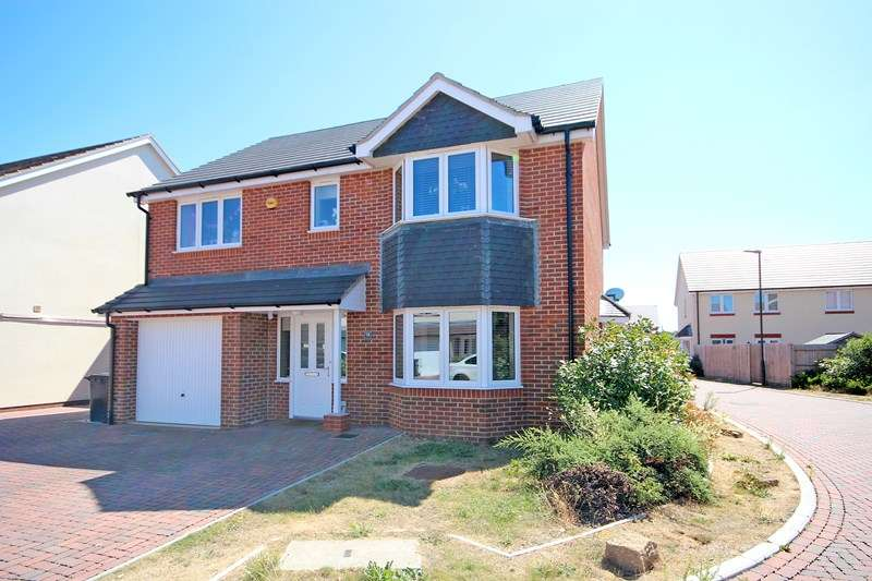 4 Bedrooms Detached House for sale in Diamond Place, Bournemouth