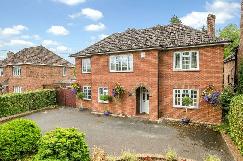 4 Bedrooms Property for sale in Pans Lane, Devizes