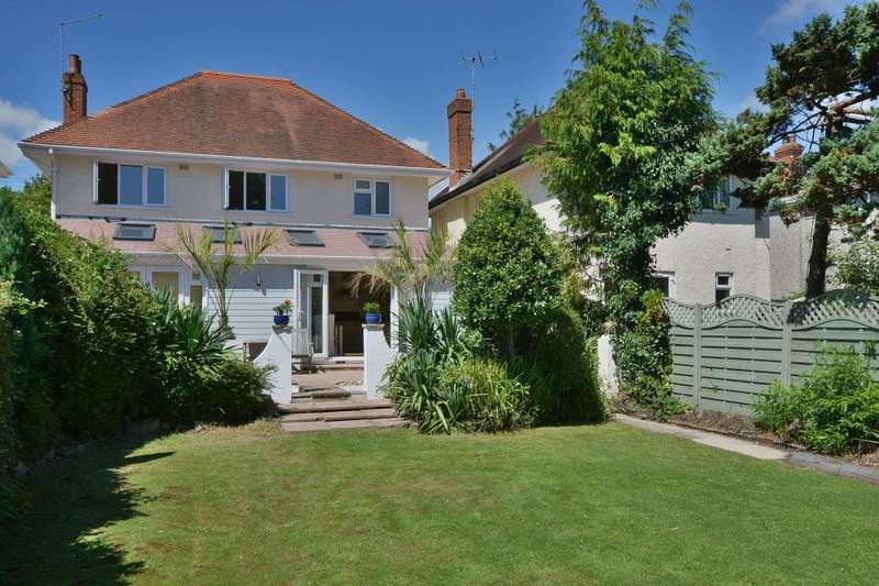 4 Bedrooms Detached House for sale in Alverton Avenue, Poole, BH5 2DJ