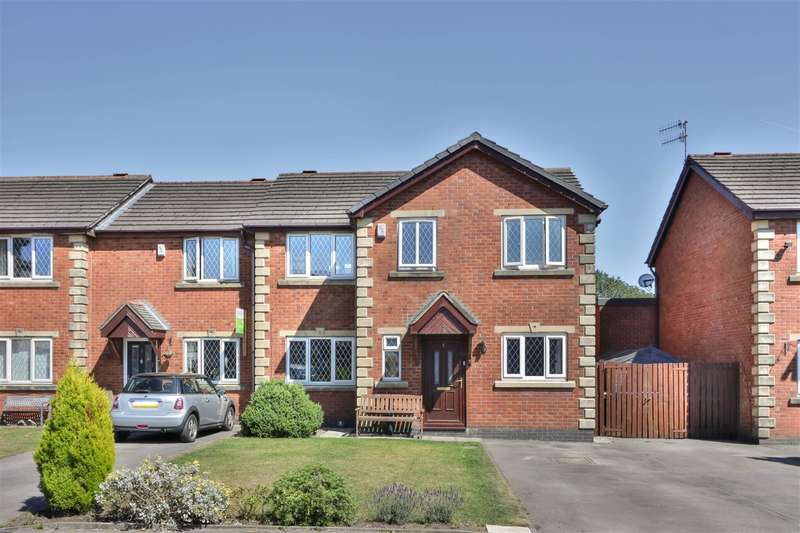 4 Bedrooms Mews House for sale in Featherstall Brook View, Littleborough, OL15 8JW