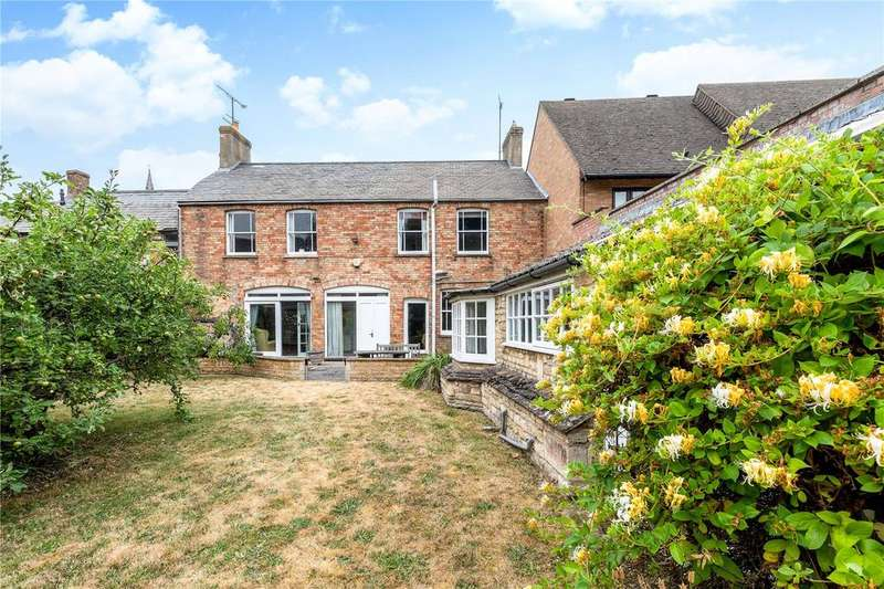 4 Bedrooms Terraced House for sale in Wharf Road, Stamford, Lincolnshire, PE9