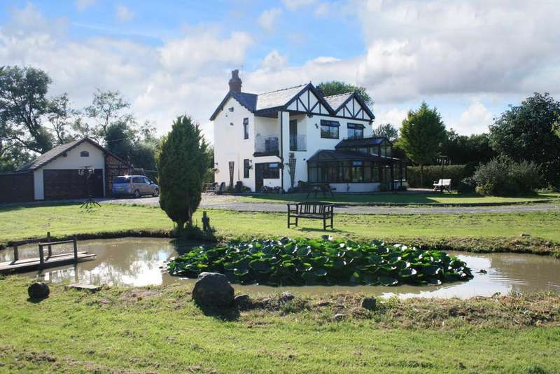 3 Bedrooms Detached House for sale in Marton LANCASHIRE
