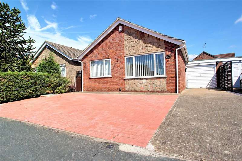 2 Bedrooms Bungalow for sale in Mill Moor Way, North Hykeham, Lincoln