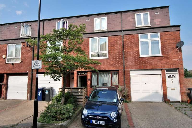 4 Bedrooms Town House for sale in Charles Road, Ealing, London, W13 0ND