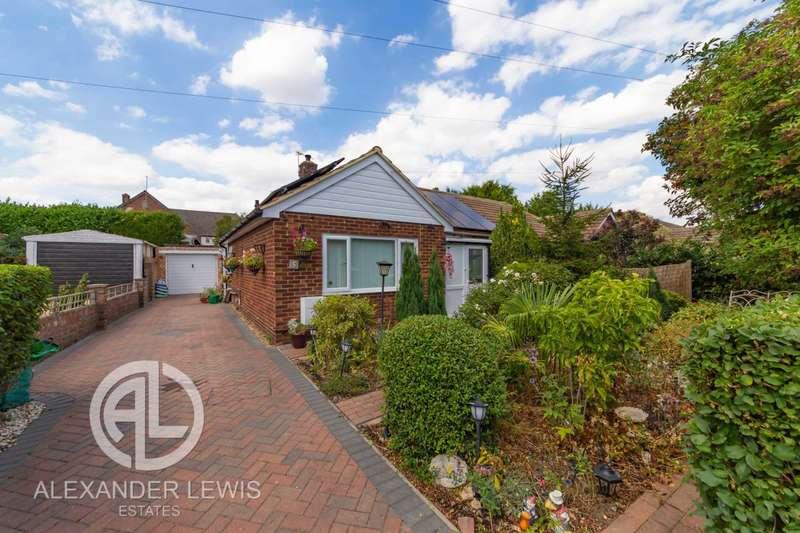 2 Bedrooms Bungalow for sale in ***FANTASTIC BUNGALOW & QUIET LOCATION *** SG18