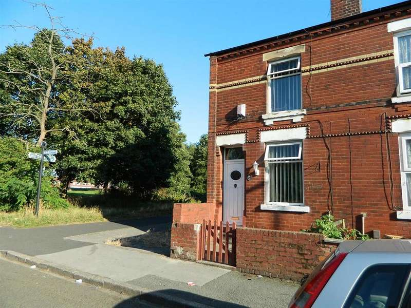 3 Bedrooms Terraced House for sale in Hollybush Street, Manchester