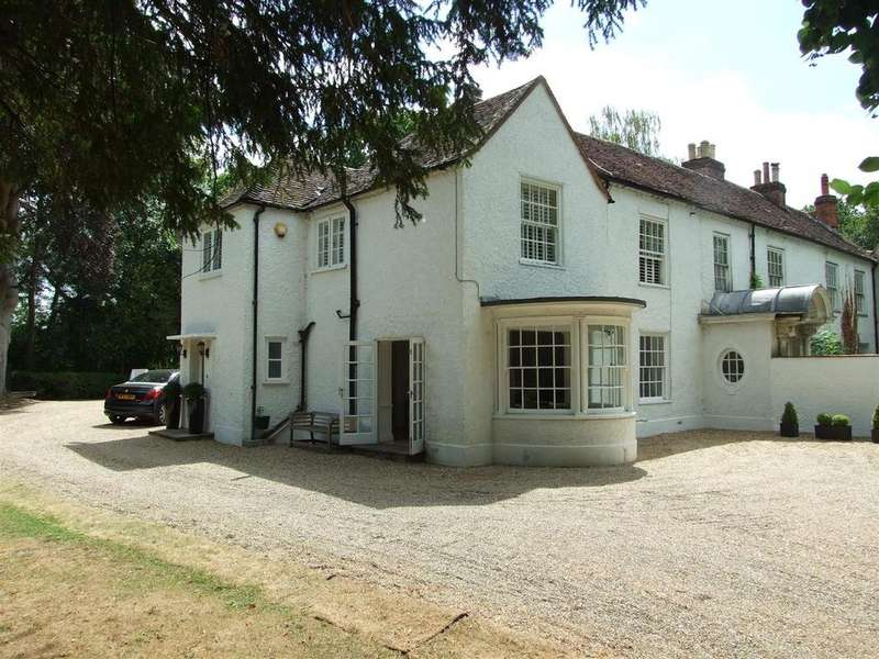3 Bedrooms House for sale in Portsmouth Road, Ripley, Woking
