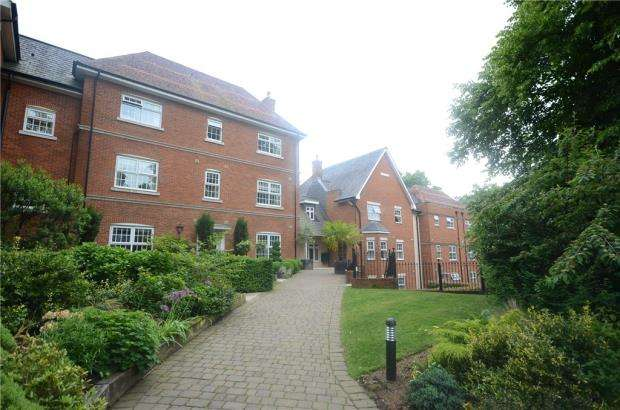 2 Bedrooms Retirement Property for sale in Imperial Court, Reading Road, Wokingham