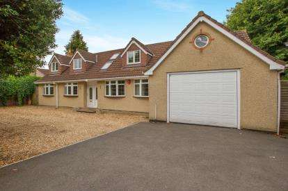 5 Bedrooms Detached House for sale in Pendennis Avenue, Downend, Bristol, City Of Bristol