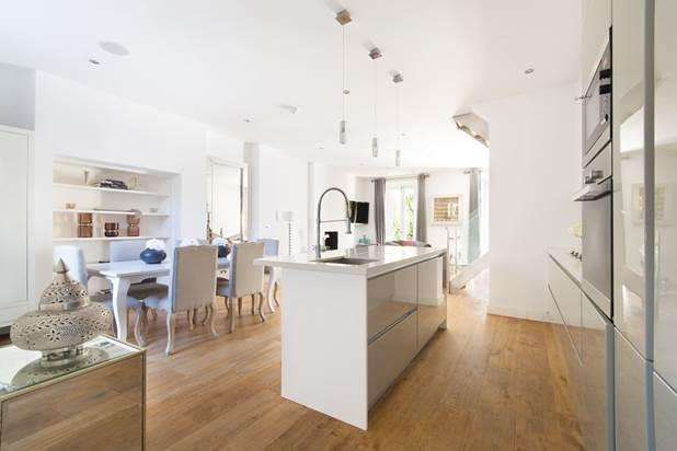 3 Bedrooms Flat for sale in Bristol Gardens, London, W9