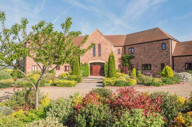 6 Bedrooms Country House Character Property for sale in Wheaten House, Caunton, Nottinghamshire NG23 6BD