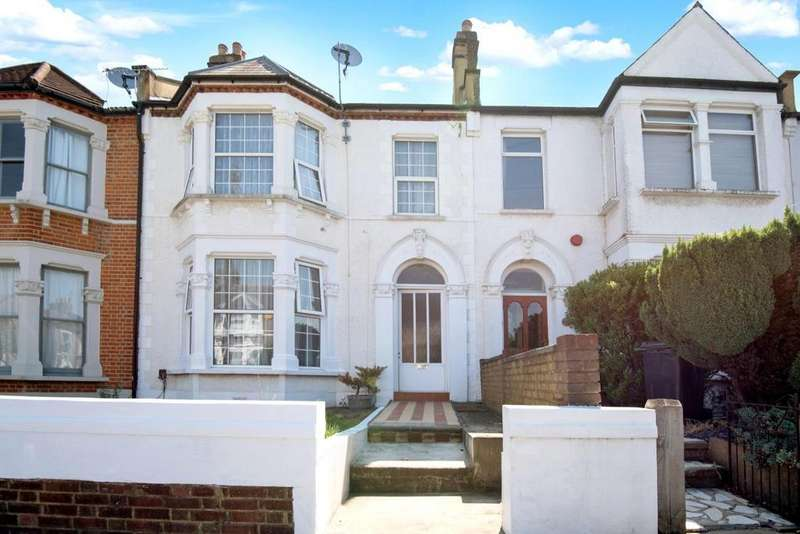 3 Bedrooms Terraced House for sale in Hazelbank Road, Catford