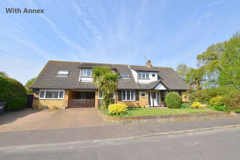 5 Bedrooms Detached House for sale in Trunch
