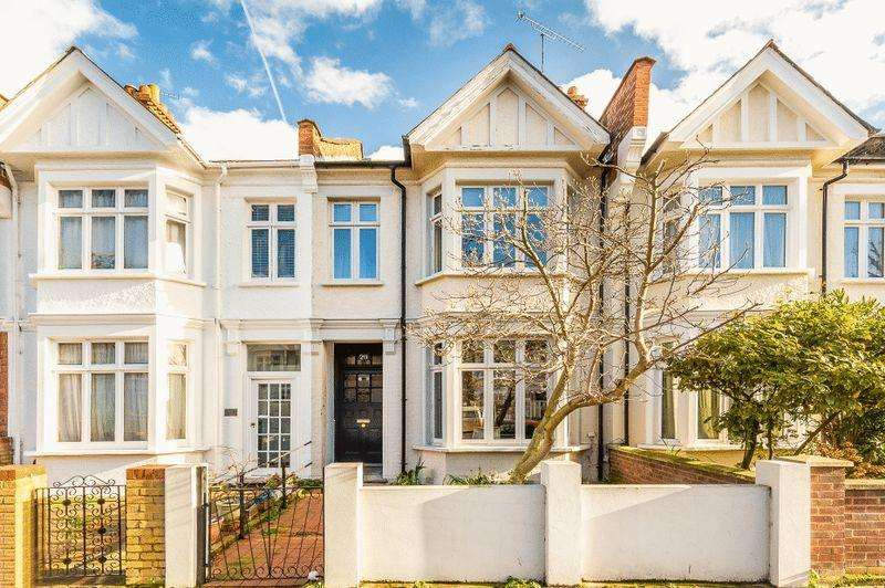 3 Bedrooms Terraced House for sale in Sedgeford Road W12