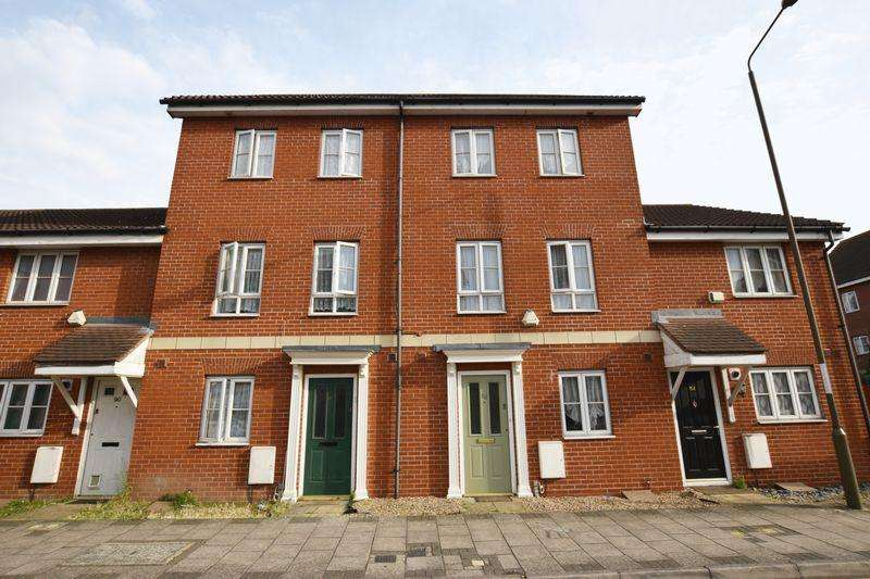 5 Bedrooms Town House for sale in Battery Road, West Thamesmead, SE28 0JU