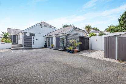 4 Bedrooms Detached House for sale in Canonstown, Hayle, Cornwall