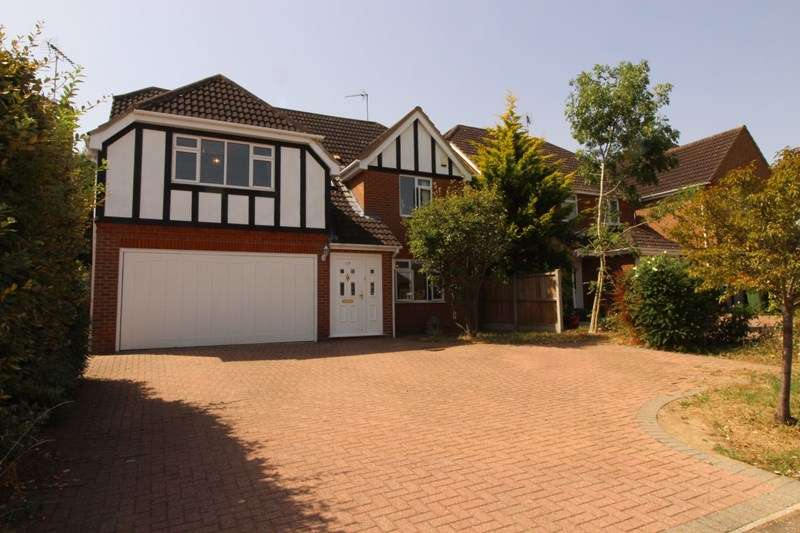 6 Bedrooms Detached House for sale in Rectory Avenue, Rochford