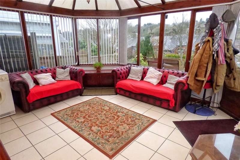 2 Bedrooms Semi Detached Bungalow for sale in Lanehead Lane, Bacup, Lancashire, OL13